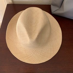 😍😍Tory Burch hat 😍😍